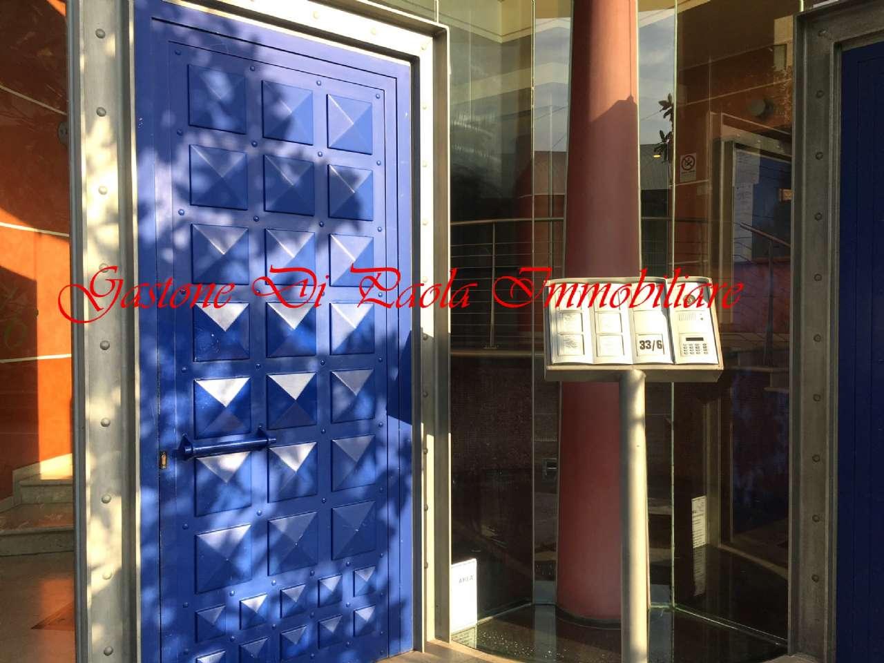 Appartamento in vendita 2 vani 67 mq.  via biondelli Milano