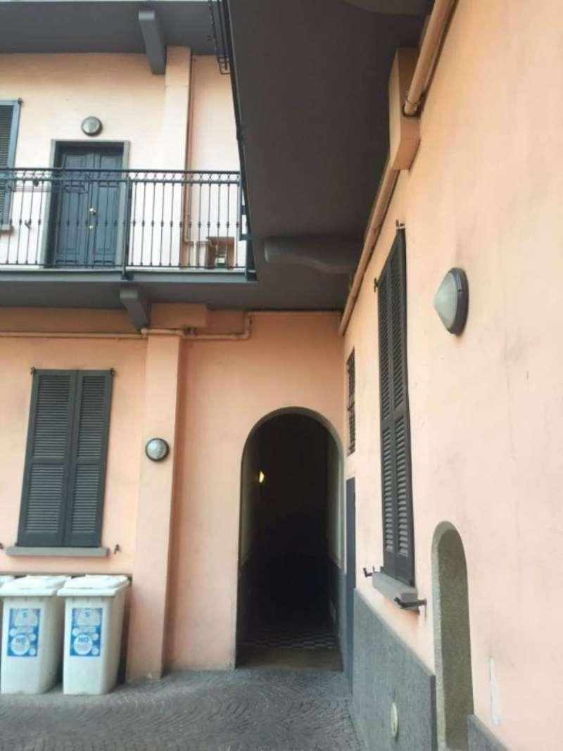 Bilocale Milano Via Chavez 3