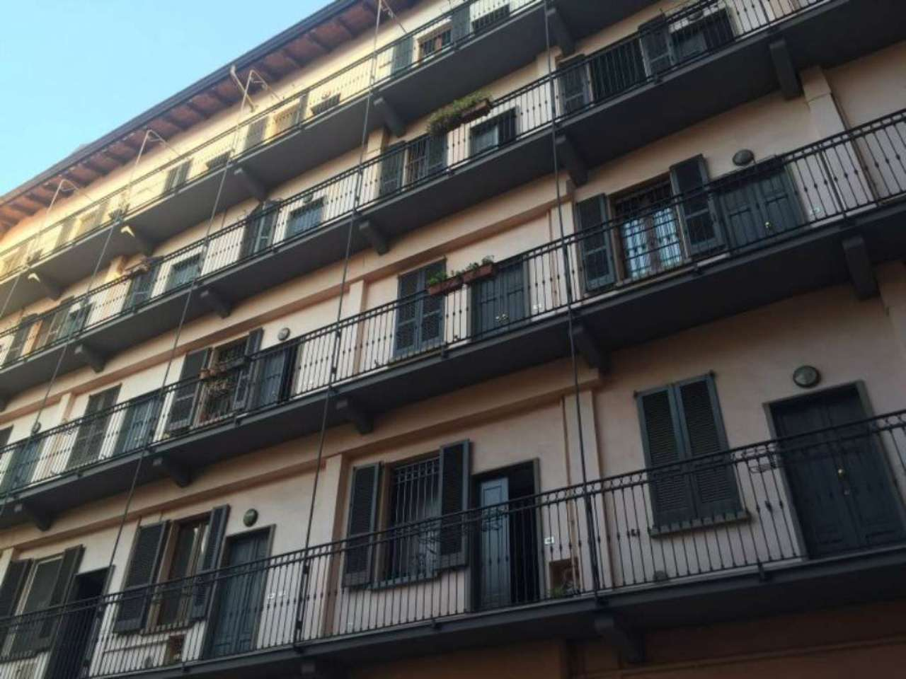 Bilocale Milano Via Chavez 5