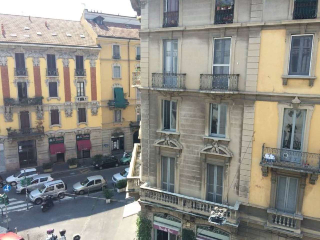 Bilocale Milano Via Stoppani 7