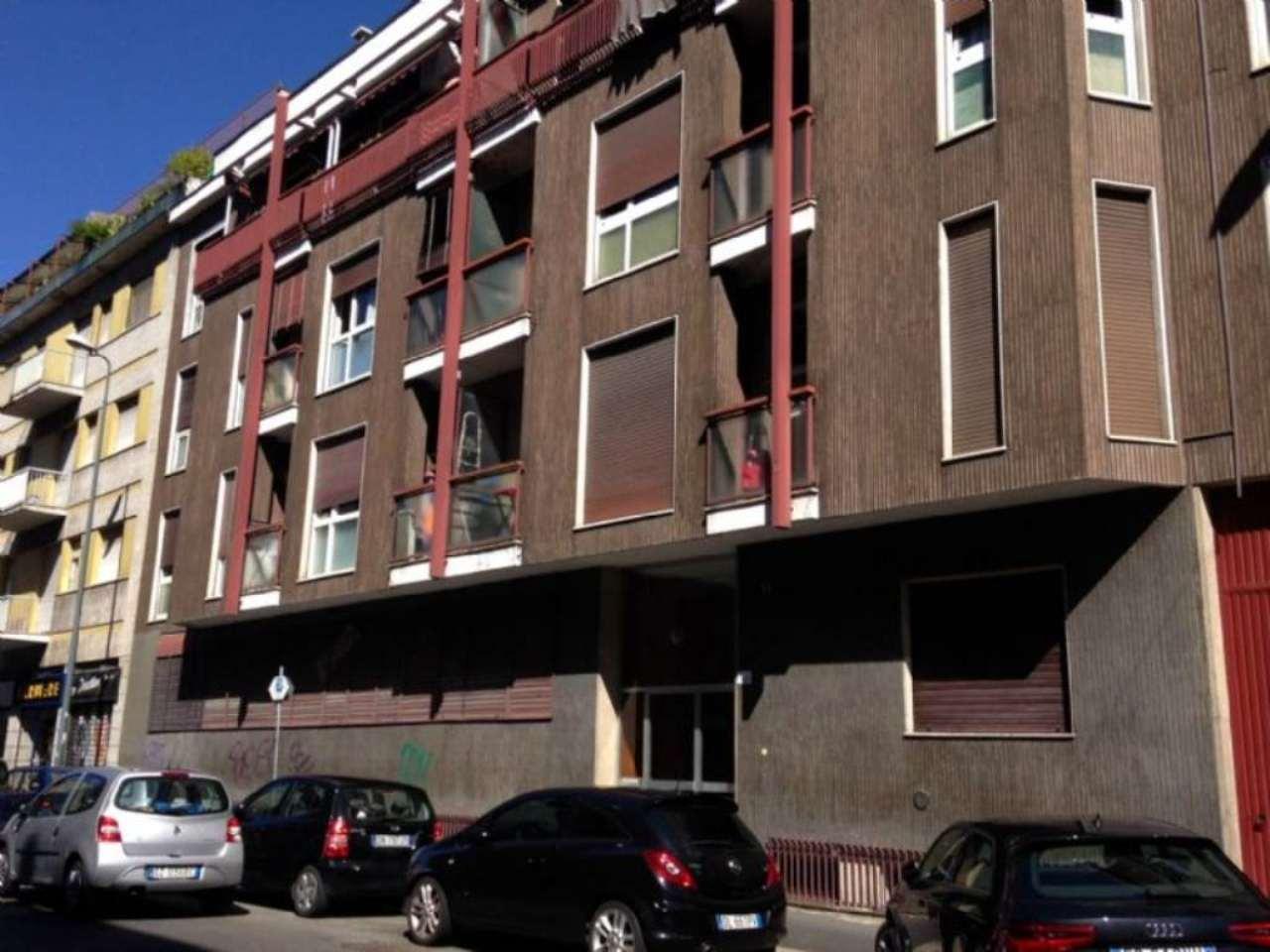 Bilocale Milano Via Ambrogio Binda 1