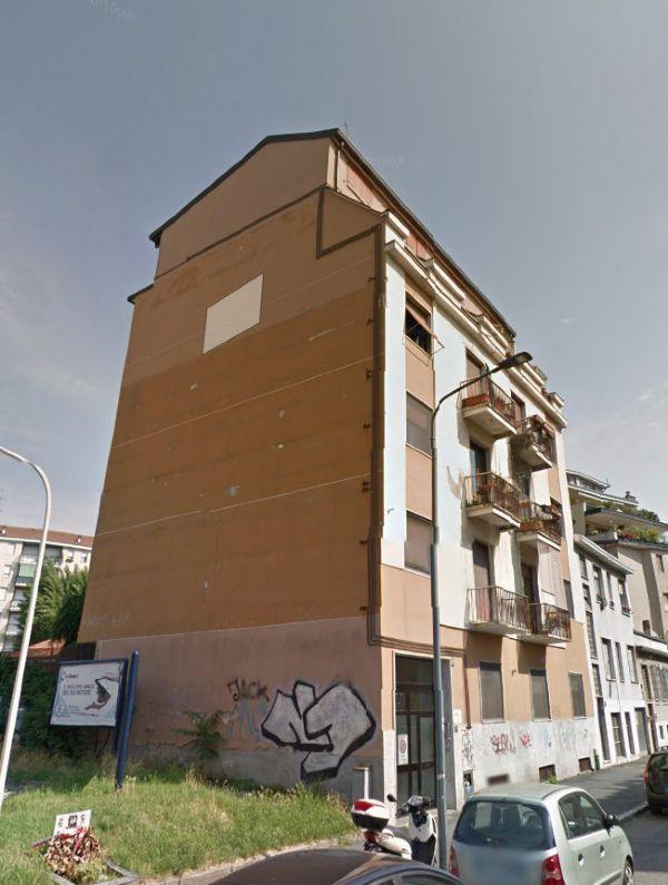 Bilocale Milano Via Modica 1