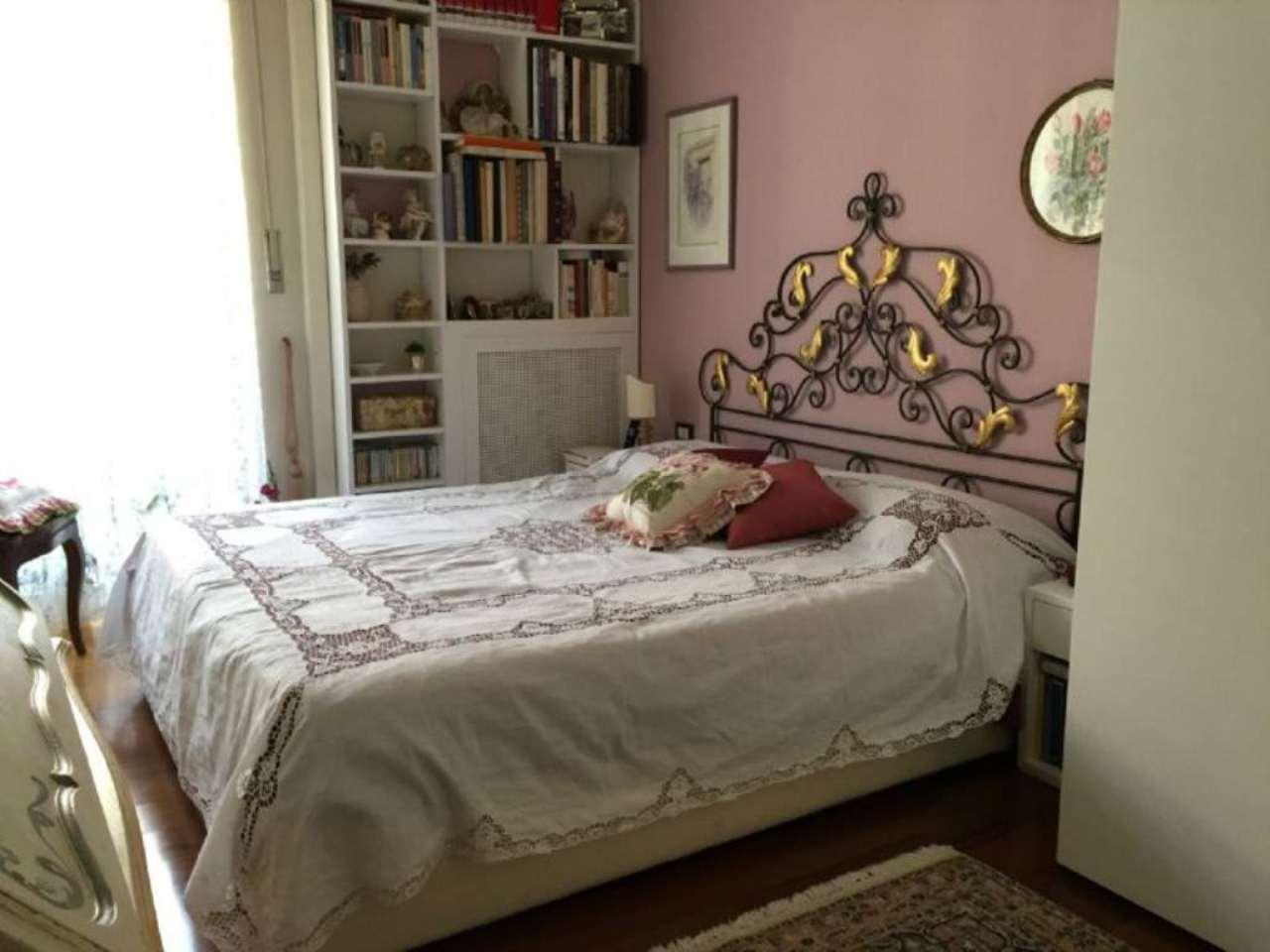 Bilocale Milano Via Binda 6
