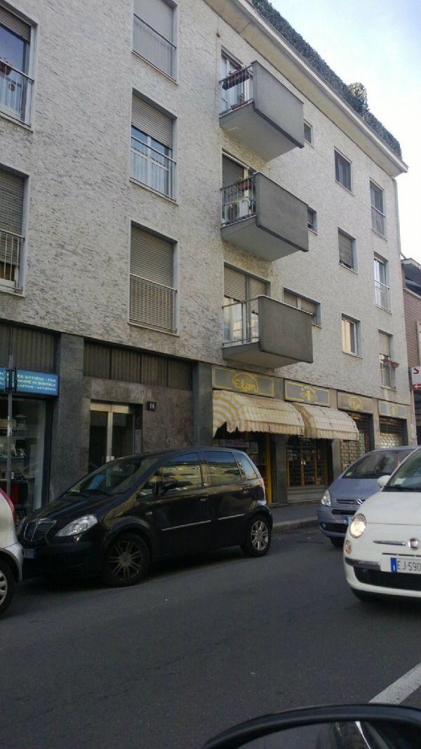 Bilocale Milano Via Binda 1