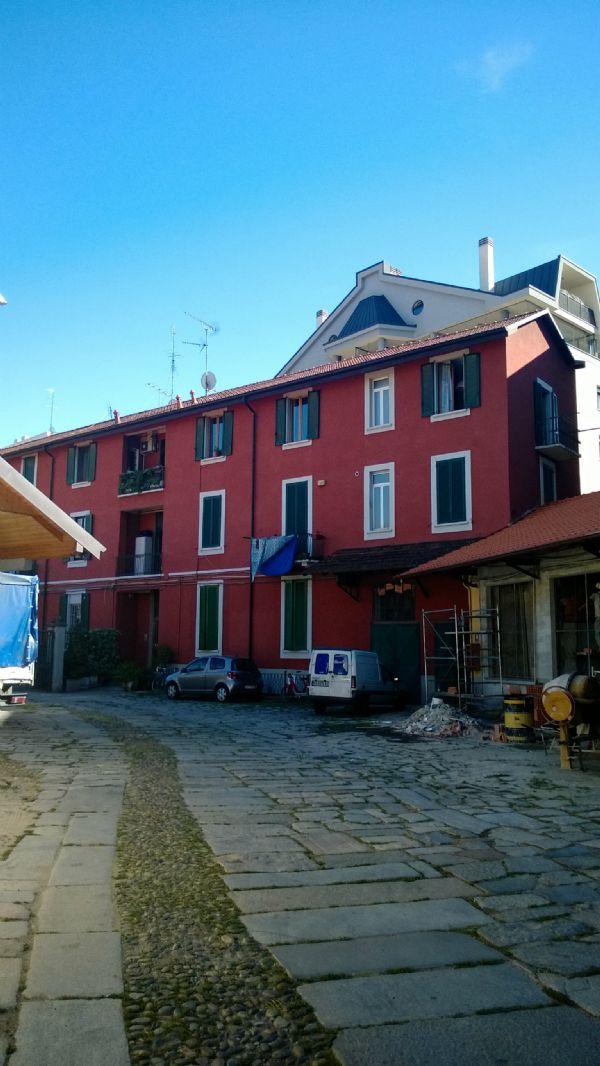 Bilocale Milano Via Carlo Torre 2