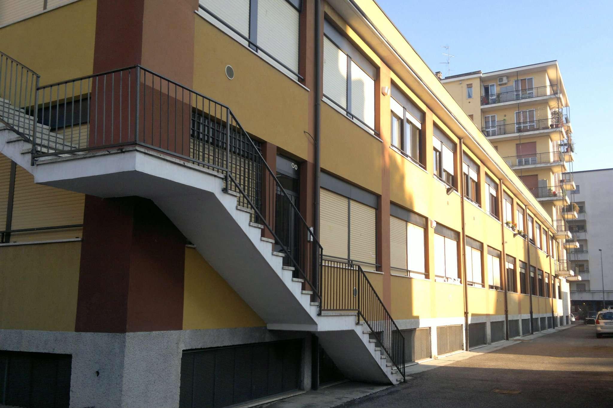 Bilocale Milano Via Ettore Ponti 2