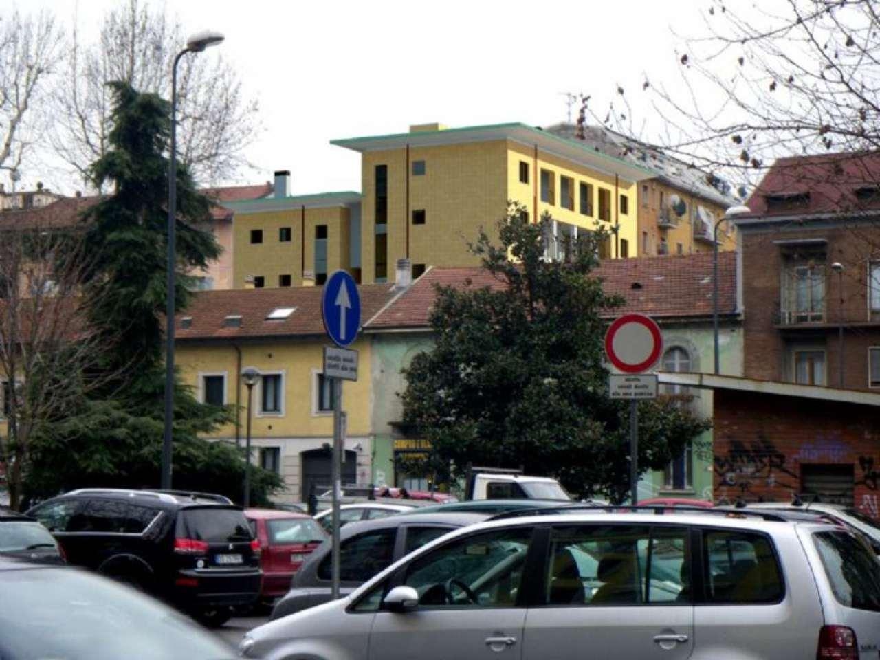Bilocale Milano Viale Cermenate 9