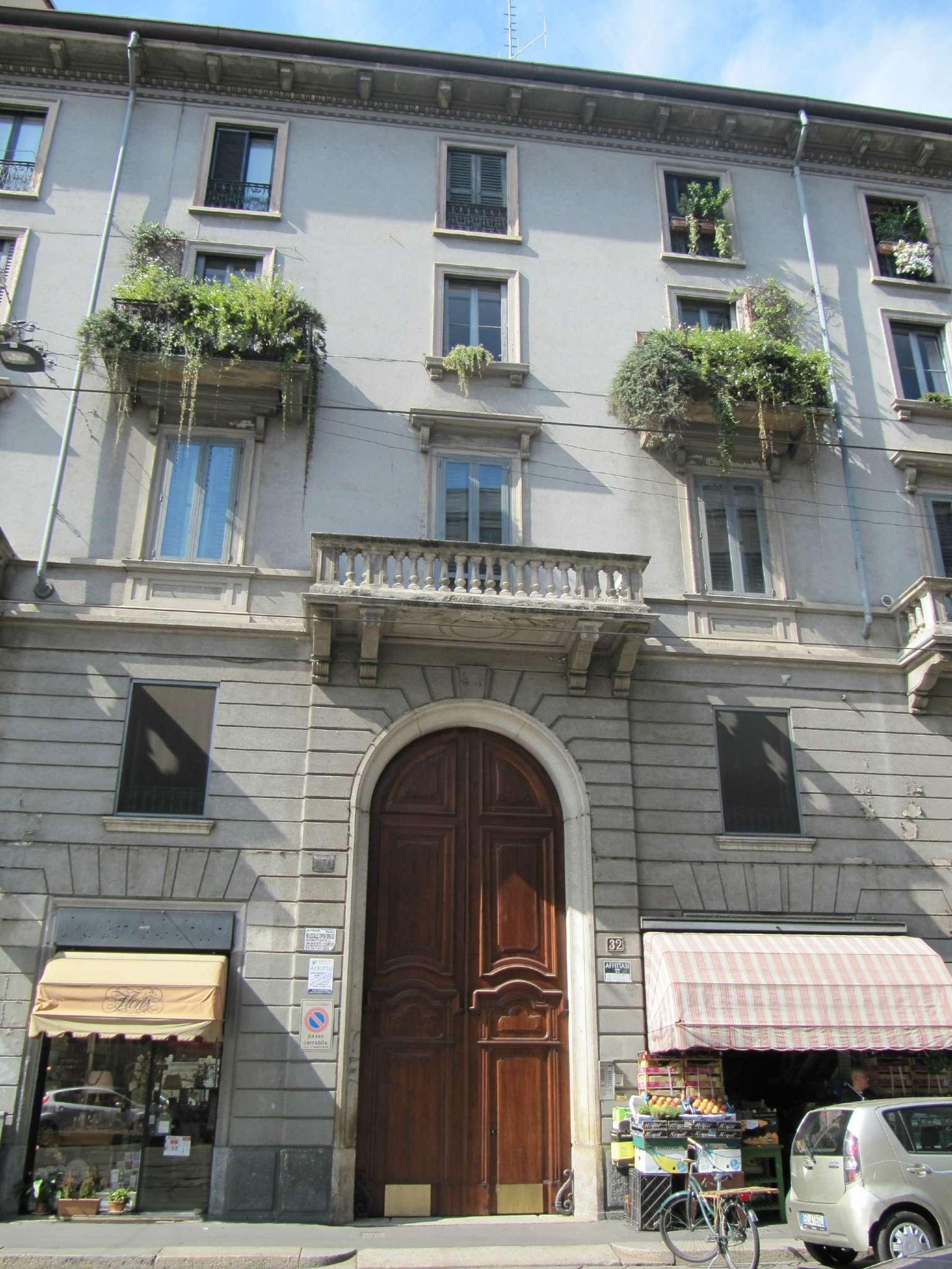 Bilocale Milano Corso  Porta Vigentina 9