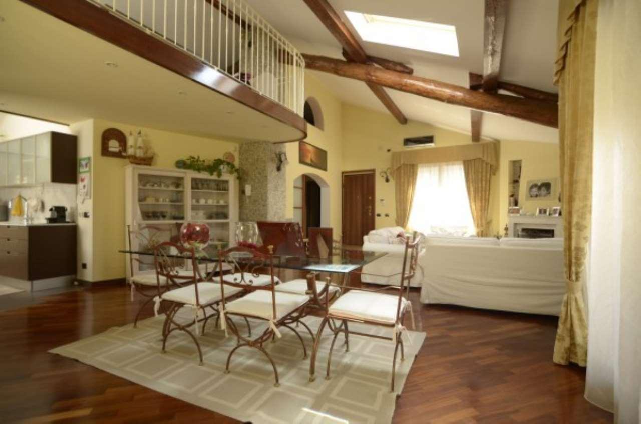 Appartamento in vendita a Uboldo, 3 locali, prezzo € 230.000 | CambioCasa.it