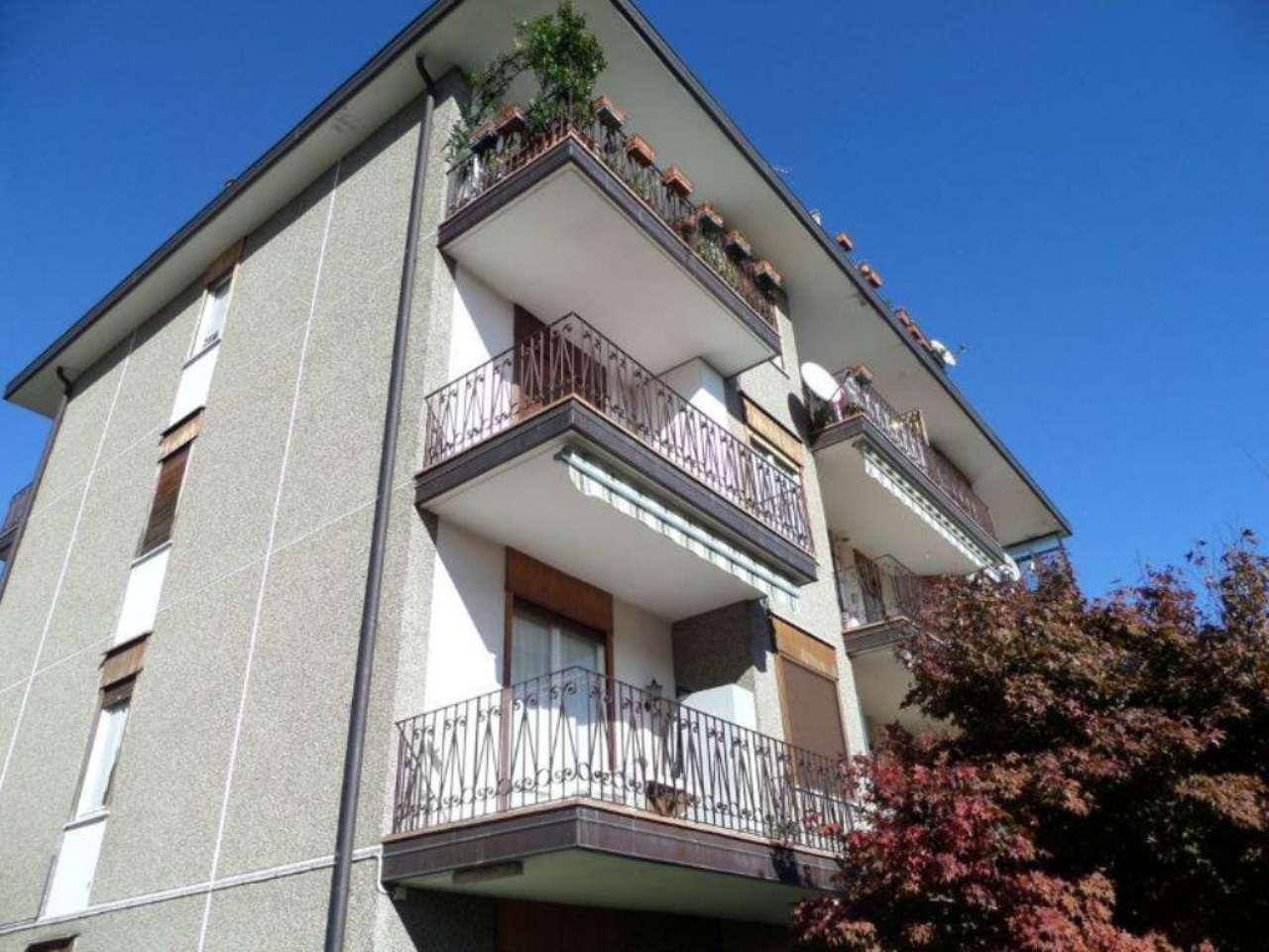 Appartamento in vendita a Arona, 3 locali, prezzo € 94.000 | CambioCasa.it