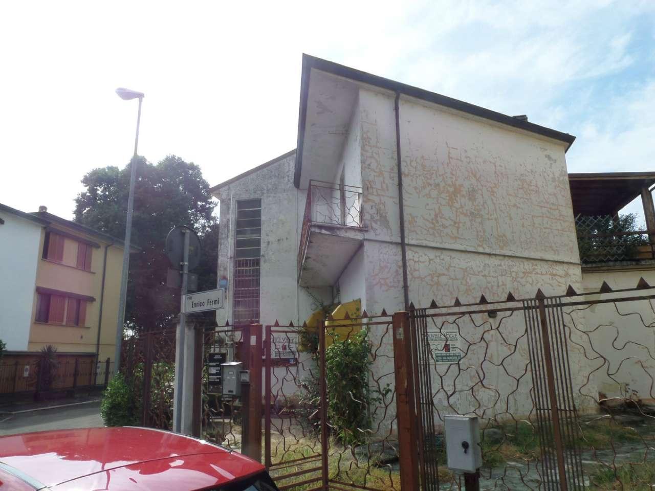 Soluzione Indipendente in vendita a Lodi, 10 locali, prezzo € 440.000 | Cambio Casa.it
