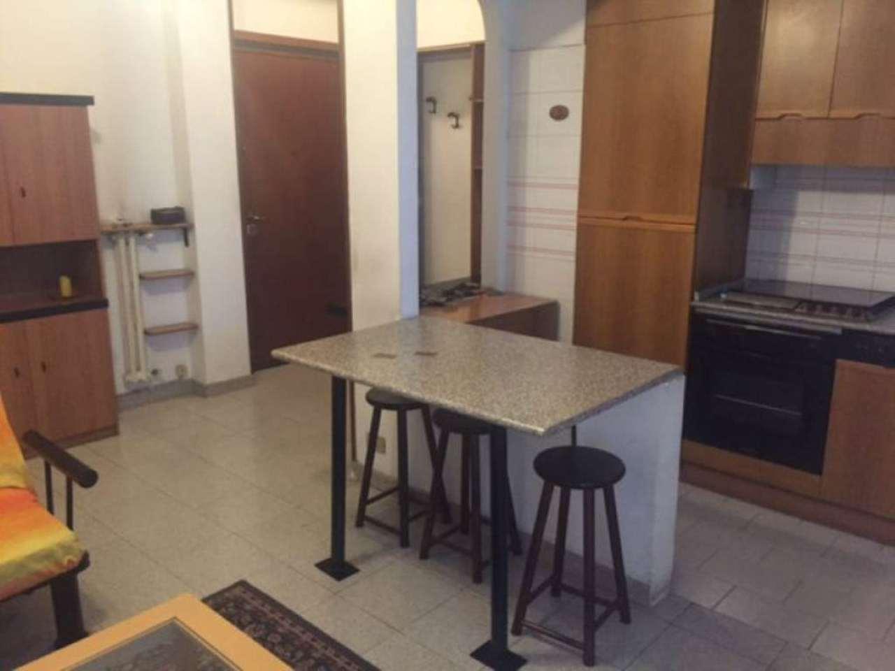 Bilocale Milano Via Fulton 4