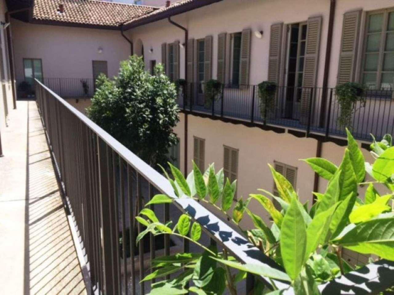 Bilocale Milano Corso Magenta 4