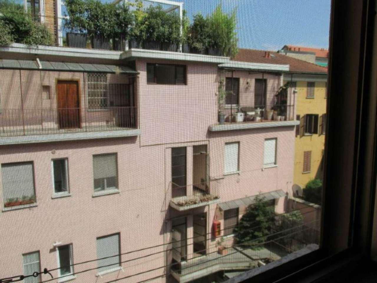 Bilocale Milano Via Molino Delle Armi 5