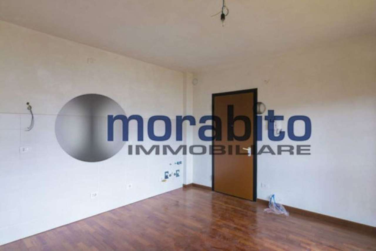 Bilocale Milano Via Barnaba Oriani 3