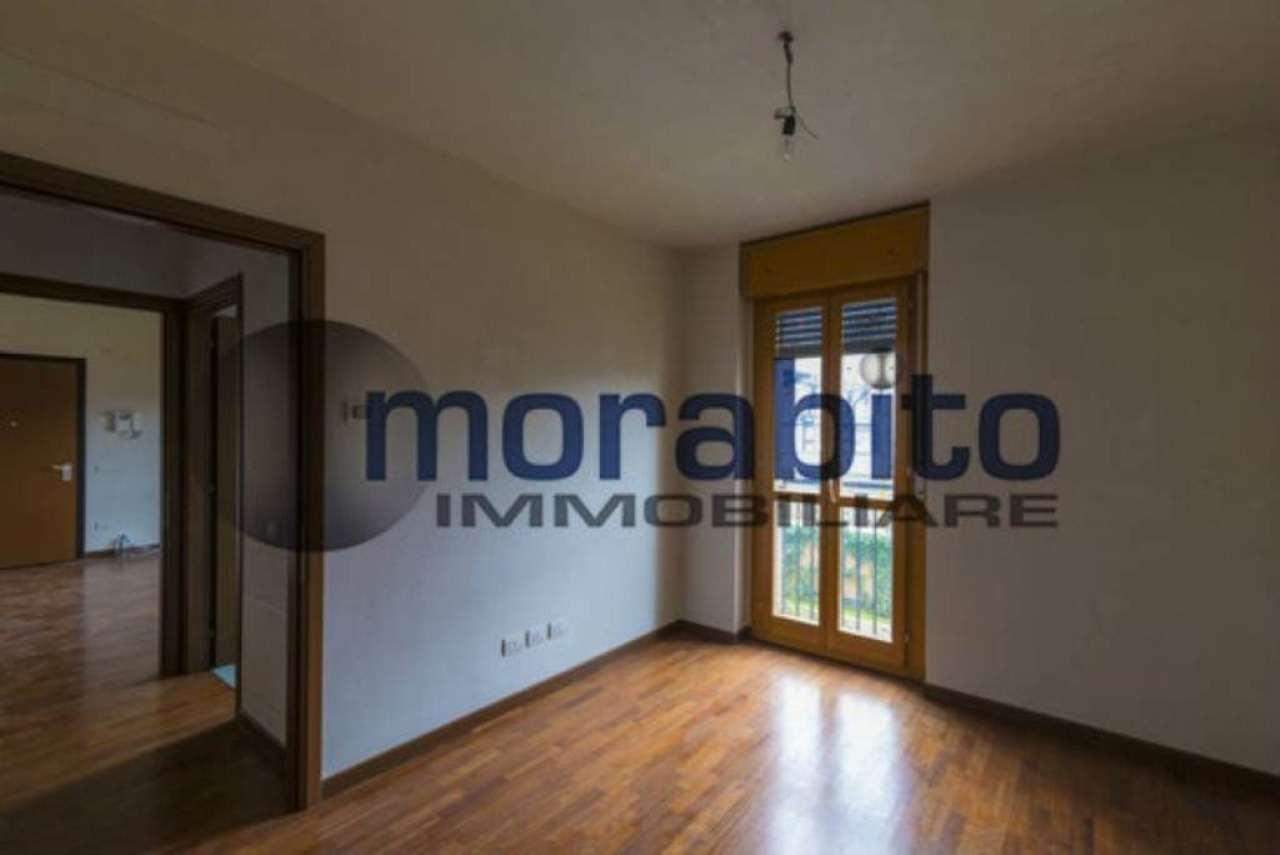 Bilocale Milano Via Barnaba Oriani 6
