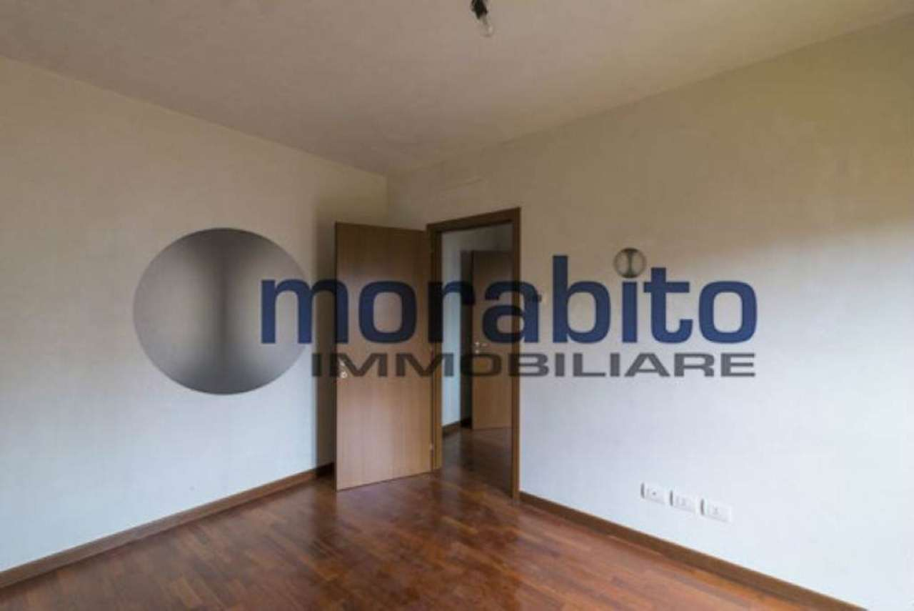 Bilocale Milano Via Barnaba Oriani 7