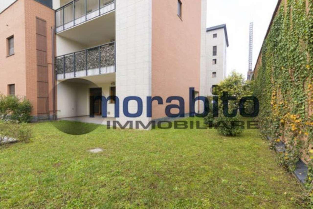 Bilocale Milano Via Barnaba Oriani 10
