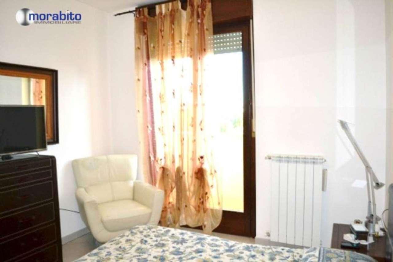 Bilocale Milano Viale Carlo Espinasse 8