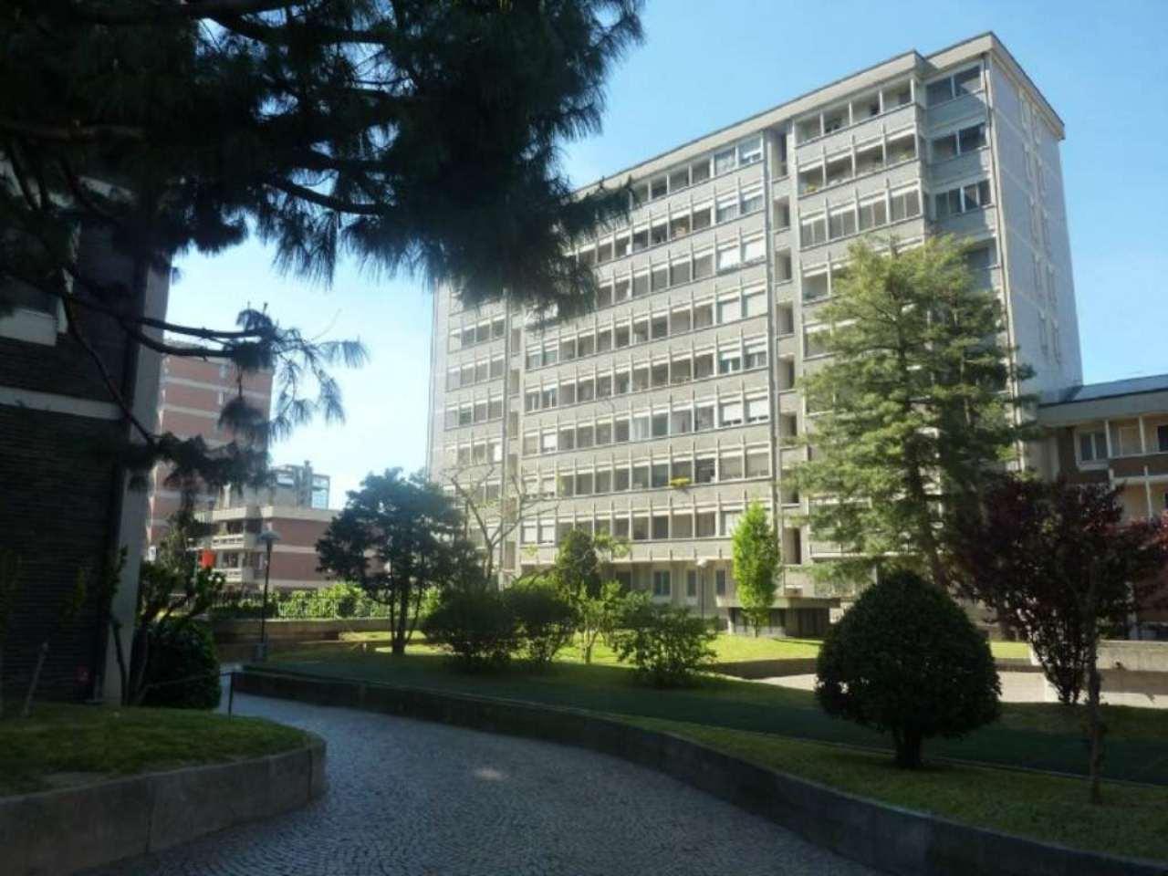 Bilocale Milano Via Dei Guarneri 7