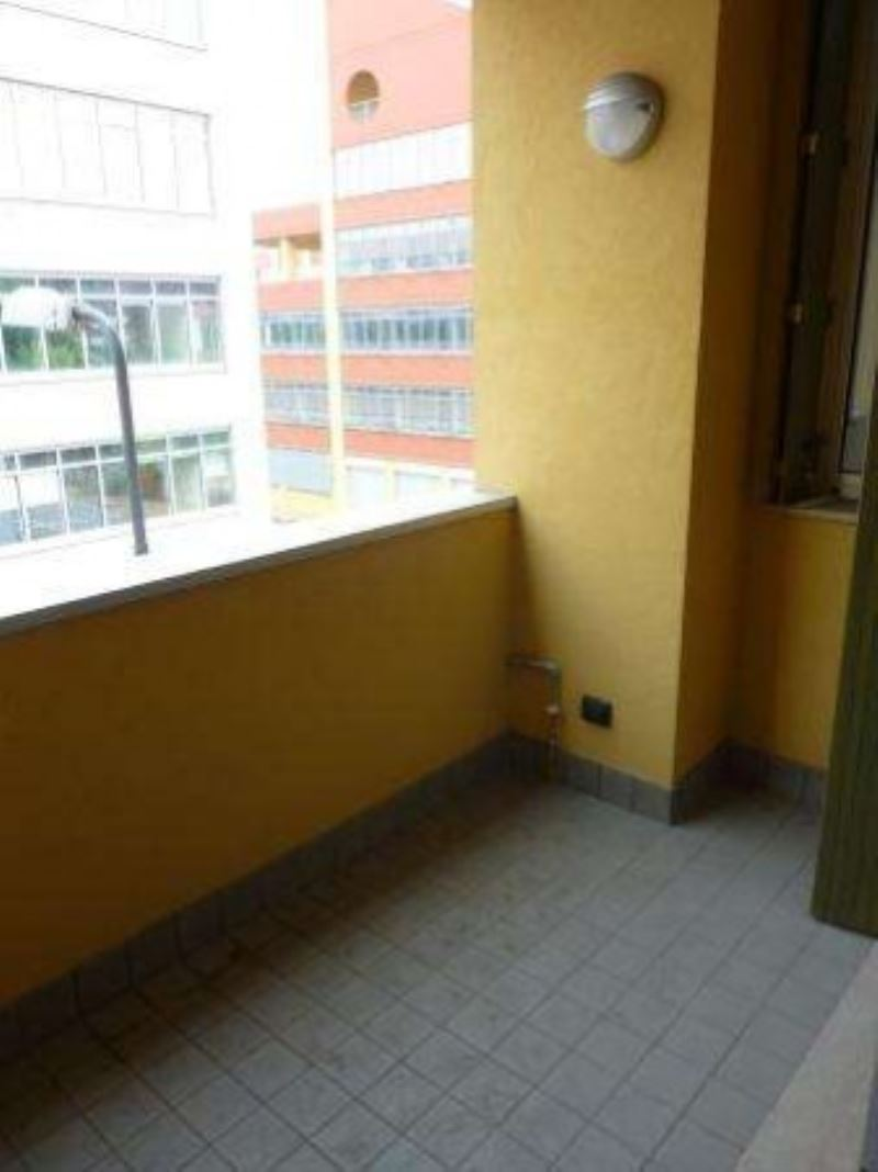 Bilocale Milano Via Muzio Attendolo Detto Sforza 5