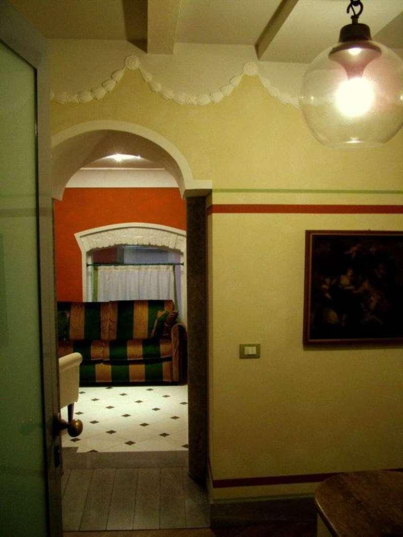 Bilocale Milano Via Santa Marta 10