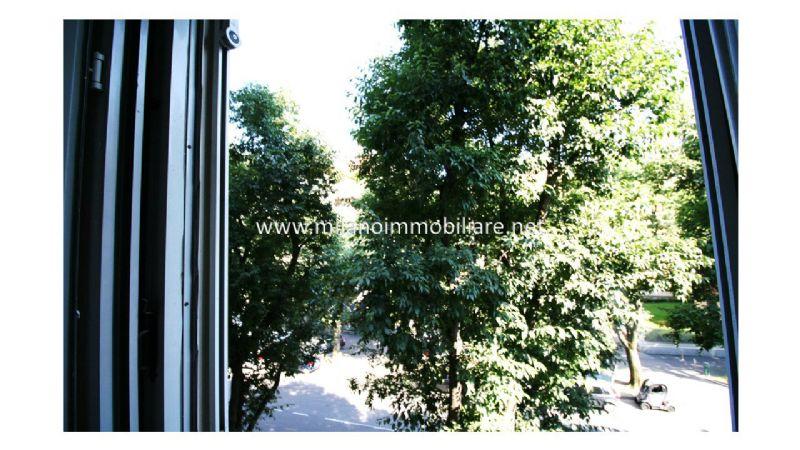 Bilocale Milano Via Principe Eugenio 9