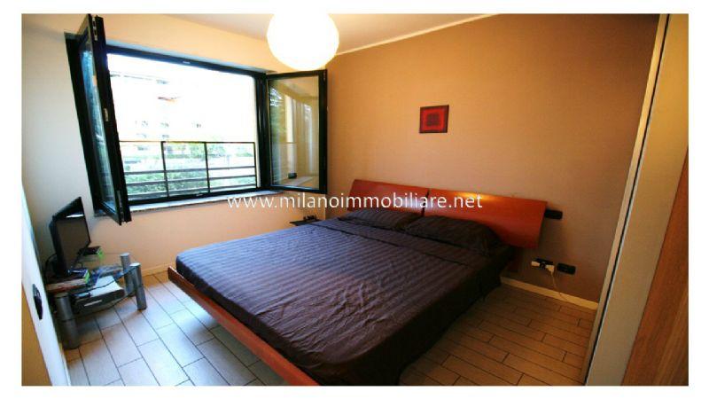 Bilocale Milano Via Santander 8