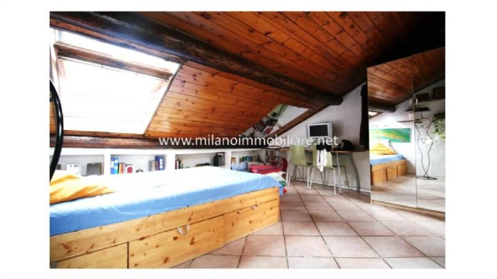 Bilocale Milano Via Lomazzo 10