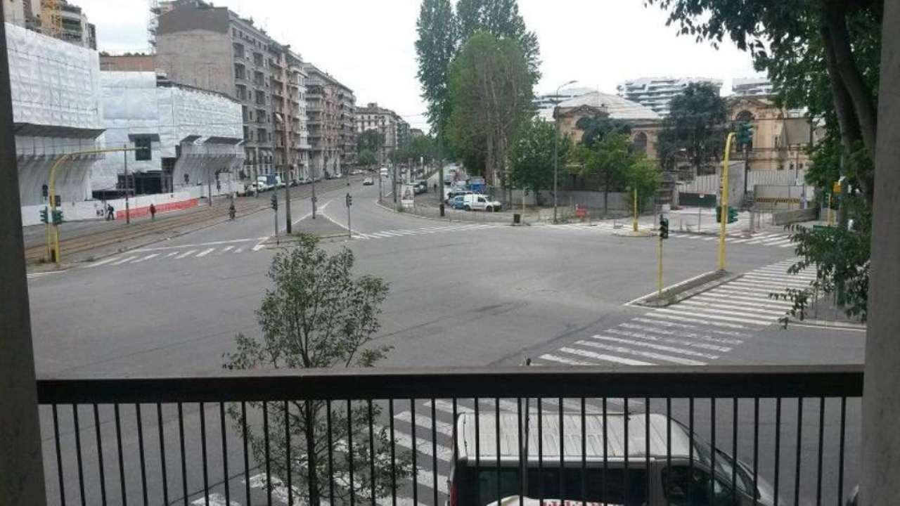 Bilocale Milano Largo Domodossola 2