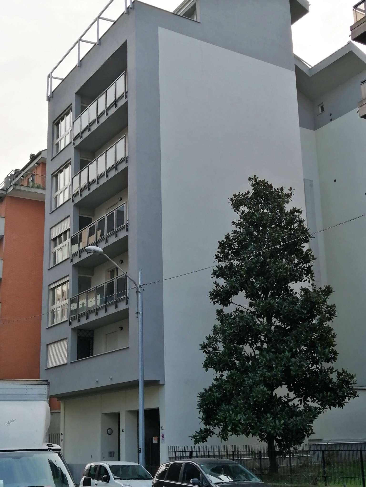 Appartamento in vendita Zona Lingotto - via Poirino 16 Torino