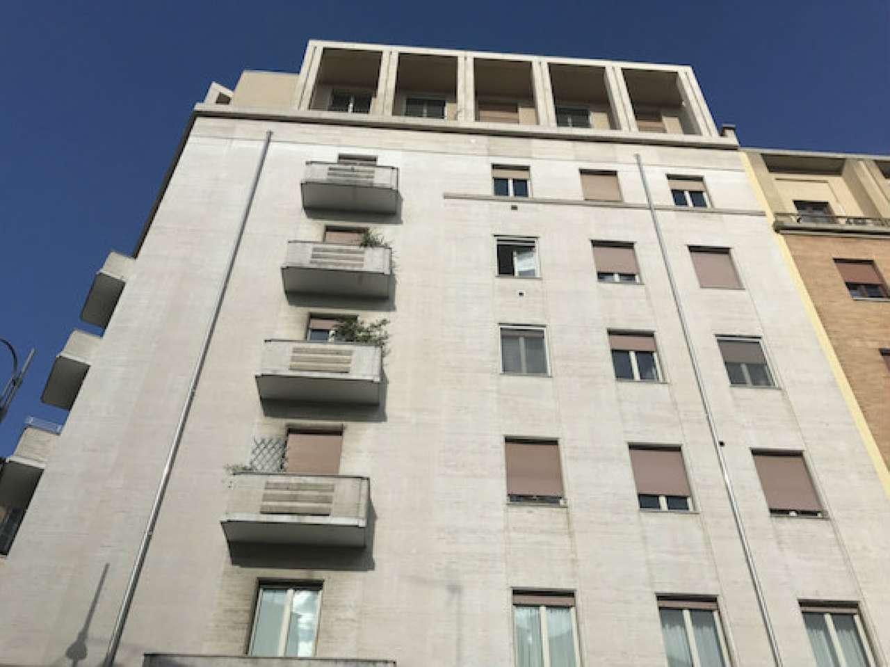 Appartamento in affitto a Milano, 4 locali, zona Zona: 8 . Bocconi, C.so Italia, Ticinese, Bligny, prezzo € 2.600   Cambio Casa.it