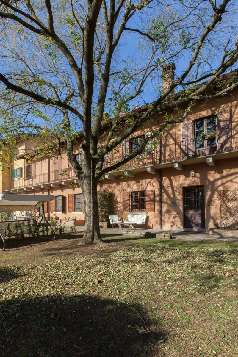 Rustico / Casale in affitto a Appiano Gentile, 4 locali, prezzo € 1.300 | CambioCasa.it