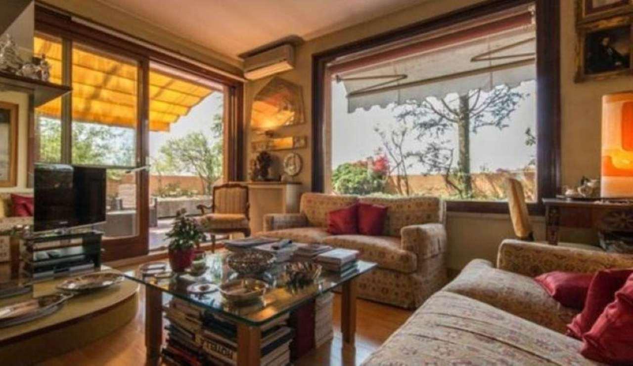 Attico / Mansarda in vendita a Peschiera Borromeo, 4 locali, prezzo € 418.000 | Cambio Casa.it