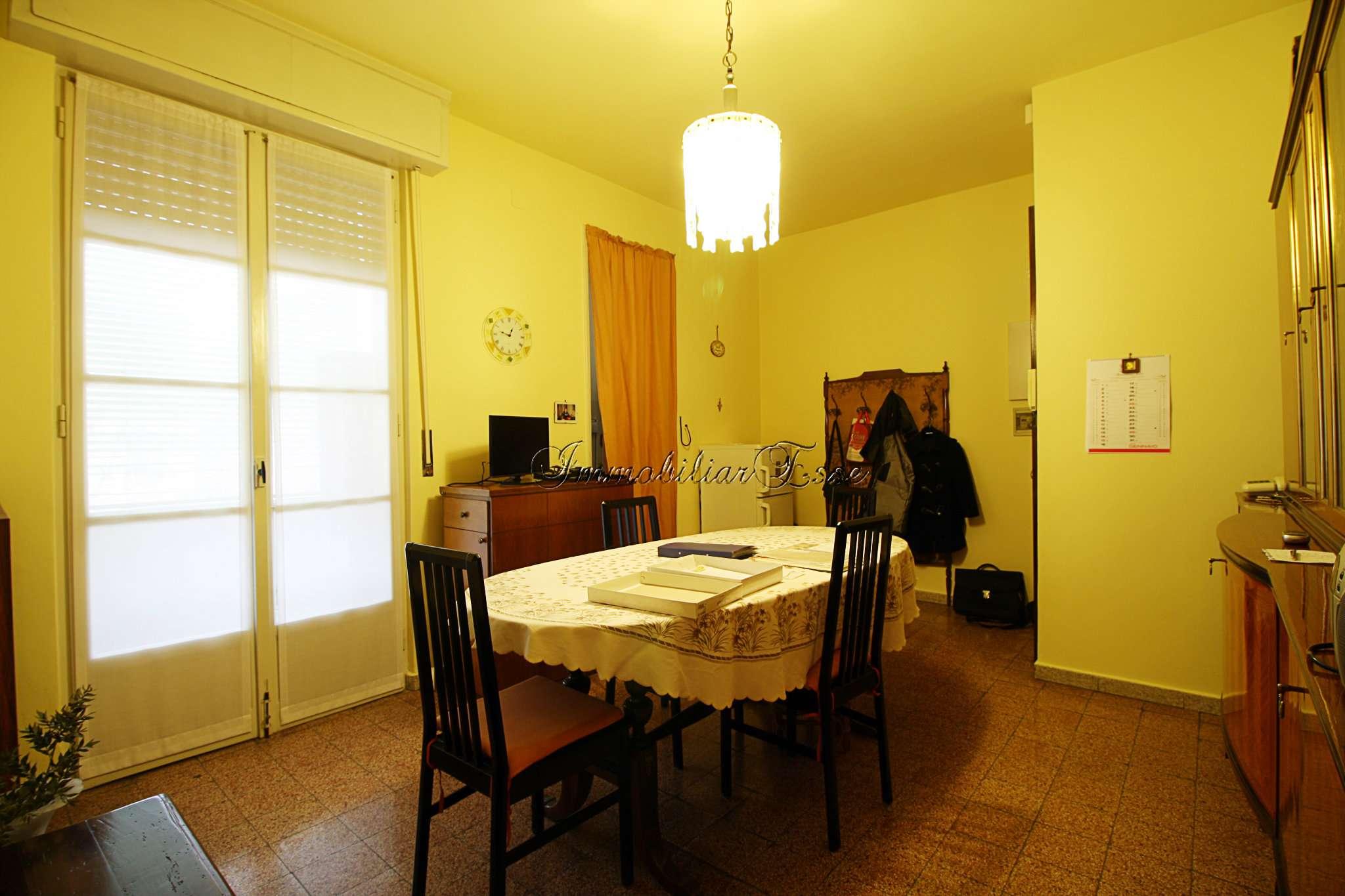 Appartamento in Vendita a Milano 18 Ippodromo / San Siro / Zavattari: 3 locali, 70 mq