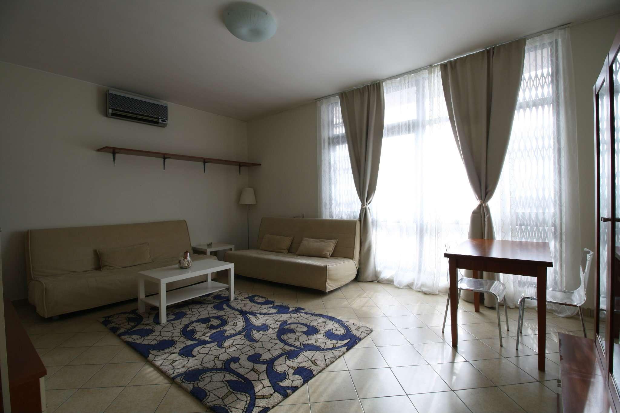Appartamento in affitto a Trezzano sul Naviglio, 2 locali, prezzo € 650 | CambioCasa.it