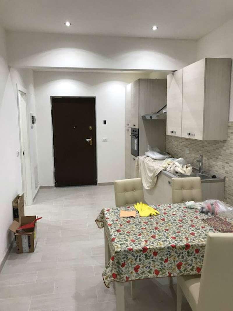 Appartamento in Vendita a Varazze Centro: 4 locali, 100 mq