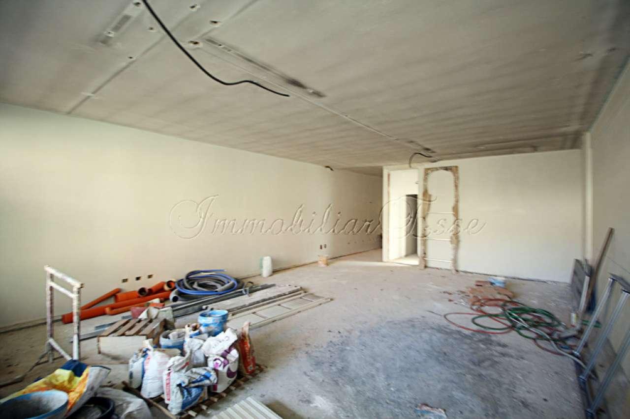 Loft open space in Vendita a Milano 18 Ippodromo / San Siro / Zavattari: 3 locali, 147 mq