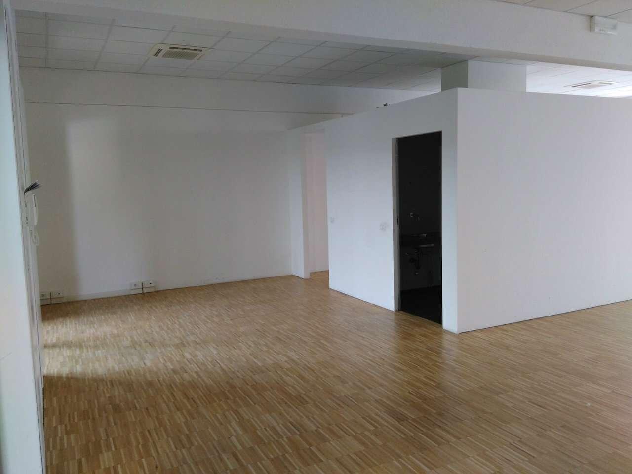 Ufficio-studio in Affitto a Milano 15 Castelbarco / Argelati / Navigli: 5 locali, 220 mq