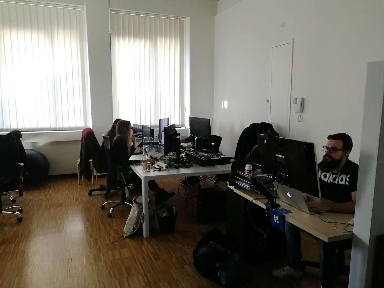 Ufficio-studio in Affitto a Milano 25 Cassala / Famagosta / Lorenteggio / Barona: 4 locali, 140 mq