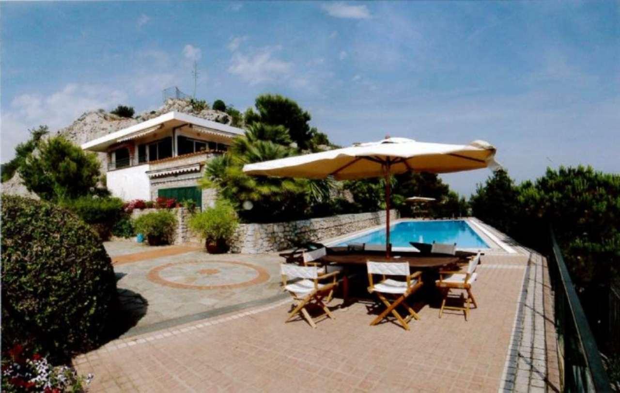 Villa in vendita a Ventimiglia, 8 locali, prezzo € 3.600.000 | Cambio Casa.it