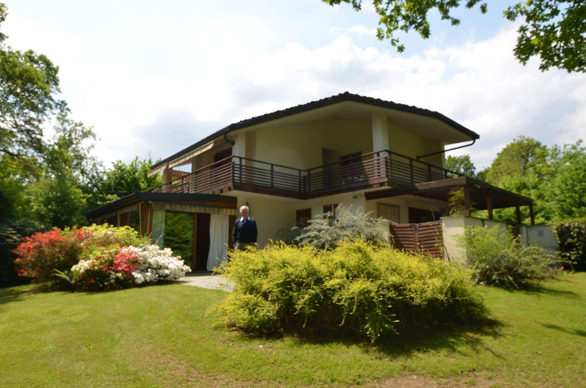 Foto 1 di Villa strada ROTTA GOLF  27, Fiano