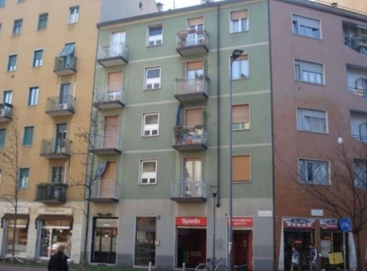 Bilocale Milano Via Faa' Di Bruno Emilio 1