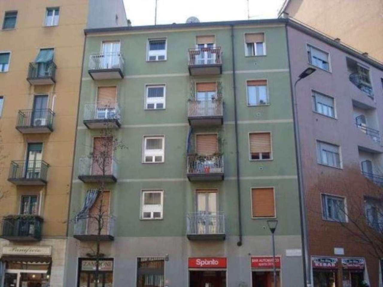Vendita  bilocale Milano Via Faa' Di Bruno Emilio 1 911305