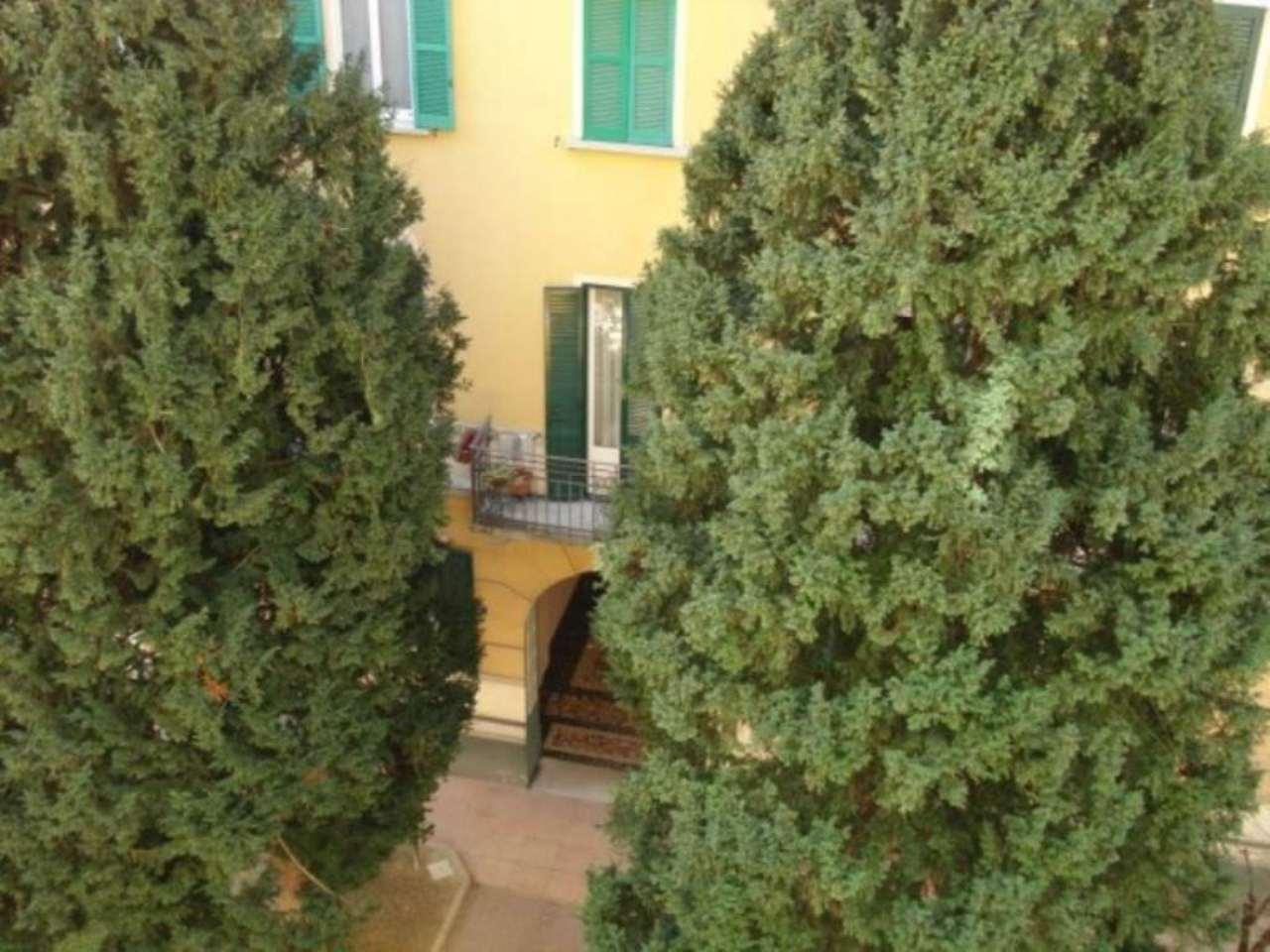Bilocale Milano Via Tertulliano 5