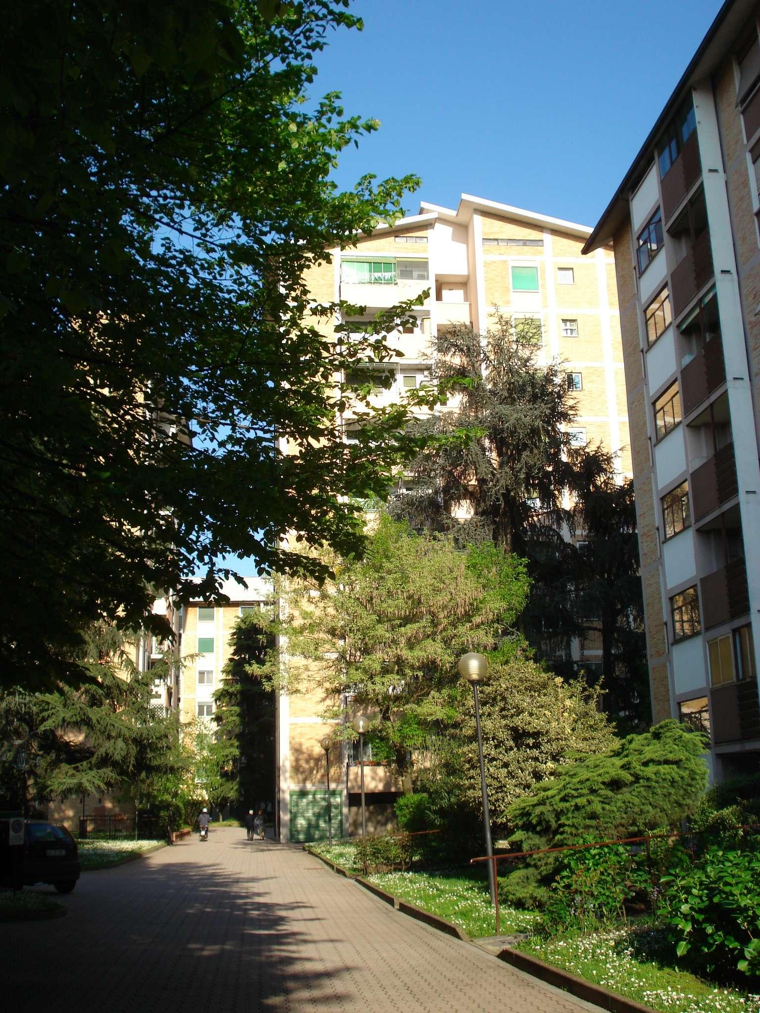 Bilocale Milano Via Maspero 1