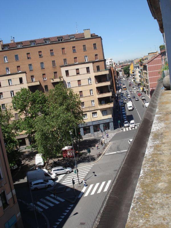 Bilocale Milano Via Gaetano Strigelli 13