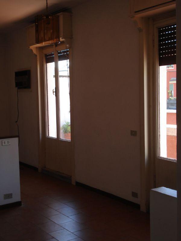 Bilocale Milano Via Gaetano Strigelli 8