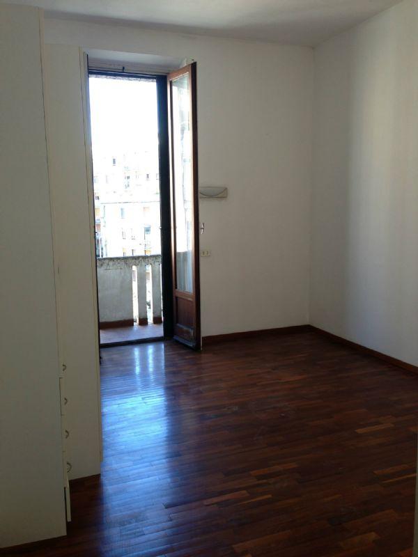 Bilocale Milano Via Tertullliano 11