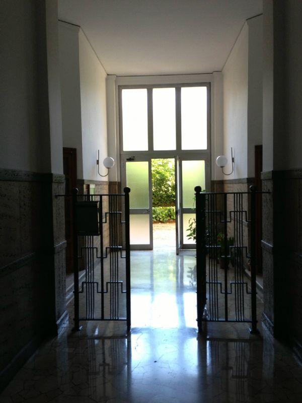 Bilocale Milano Via Tertullliano 3